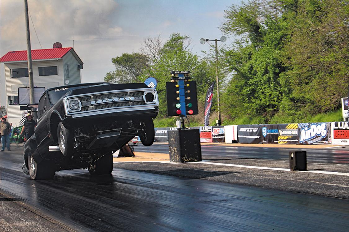 Brett Deutsch's Duramax Chevrolet doing wheelies at the Diesel World Drags